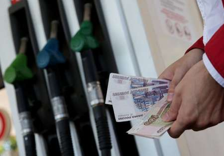 Почему выросла цена на бензин в России: в ФАС объяснили рост цен на топливо